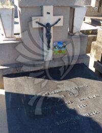 Sepultura Cemitério Municipal de Campos (Caju)